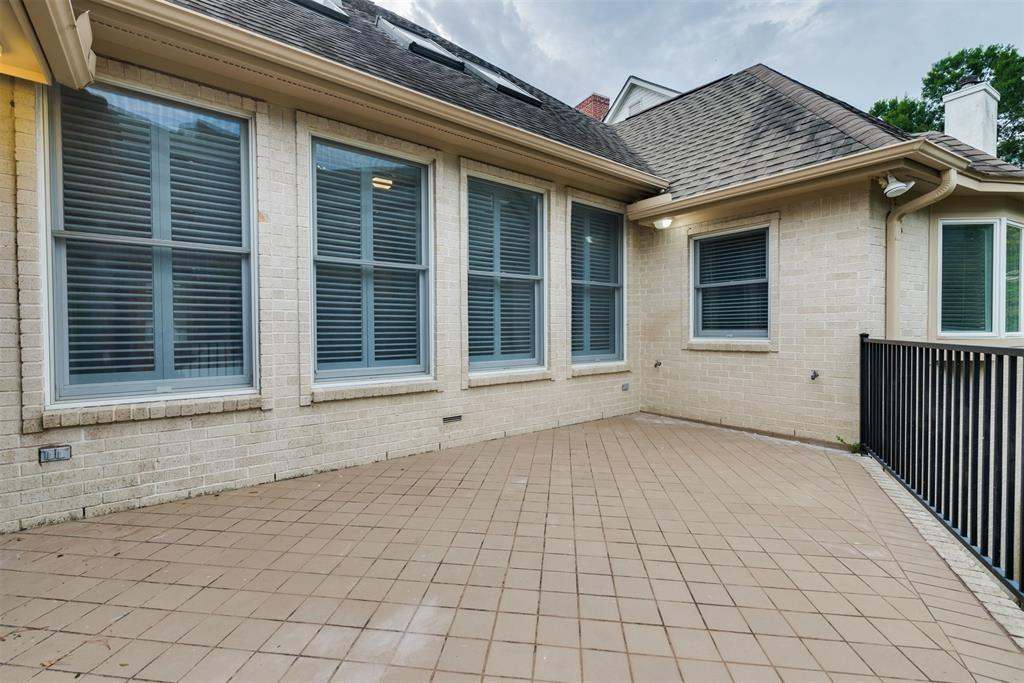 Pending | 727 Windbreak Trail Houston, Texas 77079 41