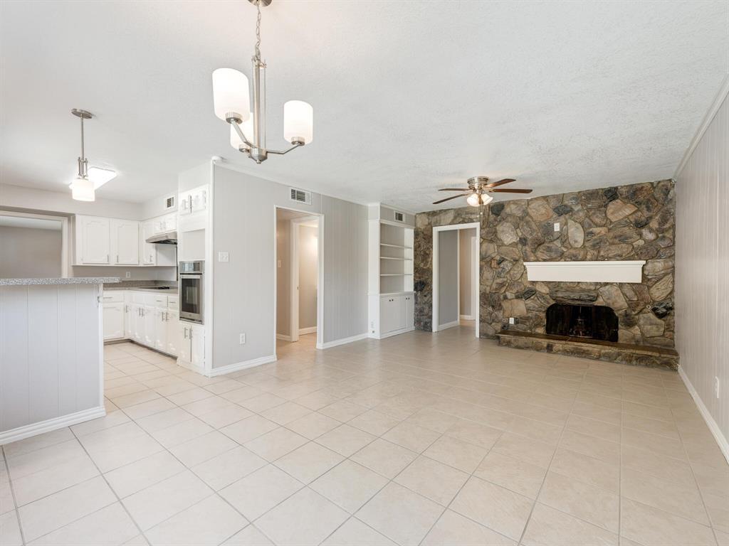 Active Option Contract | 1605 W Sanford Street Arlington, Texas 76012 14