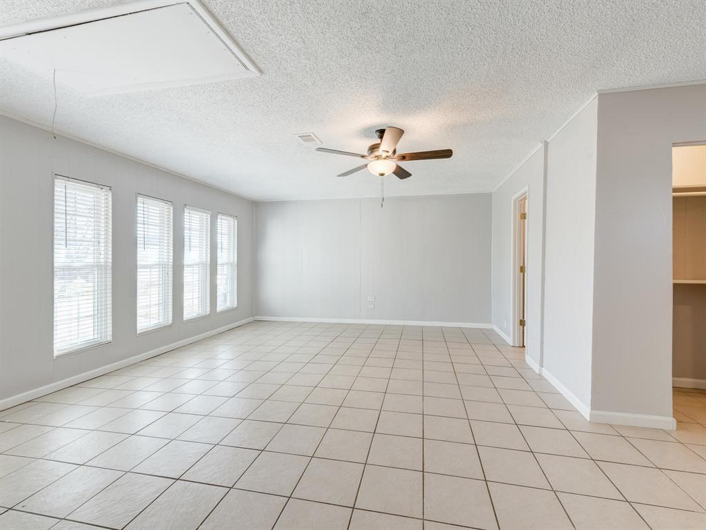 Active Option Contract | 1605 W Sanford Street Arlington, Texas 76012 16