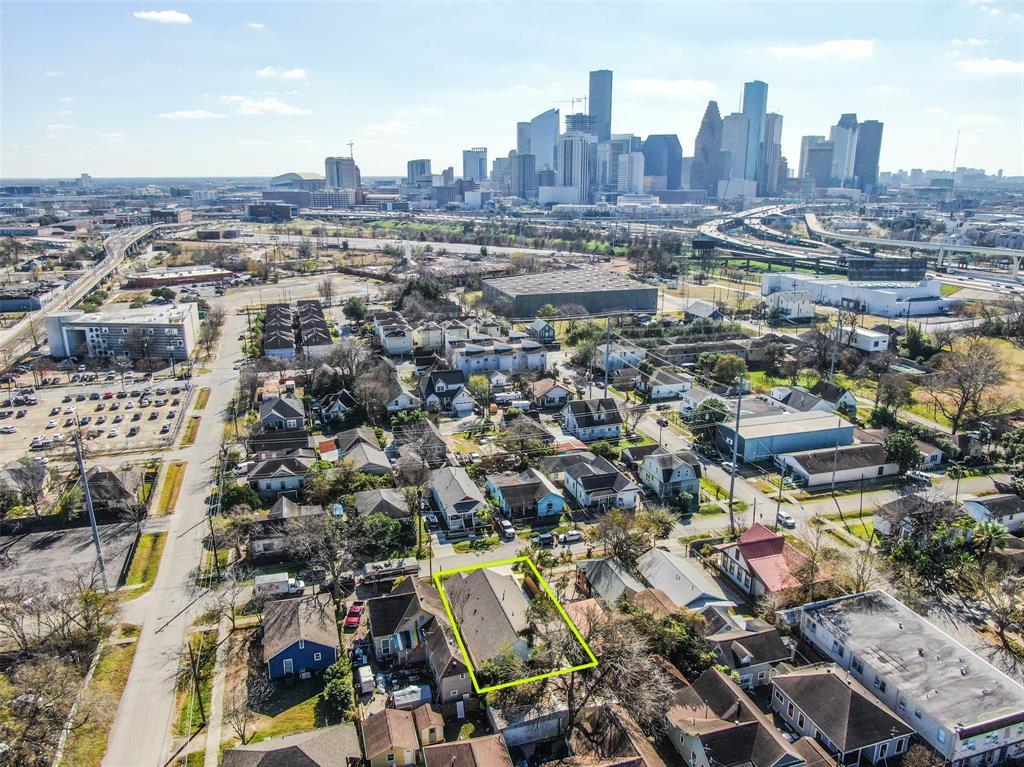 Off Market | 415 James Street Houston, Texas 77009 5