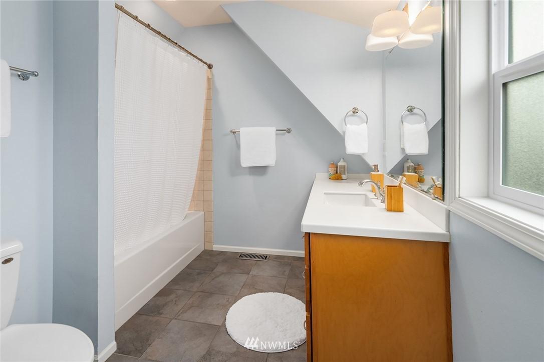 Sold Property   6551 Dibble Avenue NW Seattle, WA 98117 8