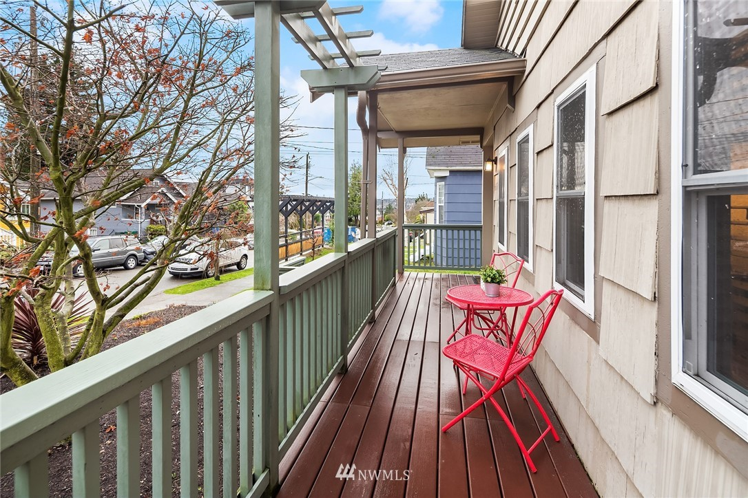 Sold Property   6551 Dibble Avenue NW Seattle, WA 98117 17