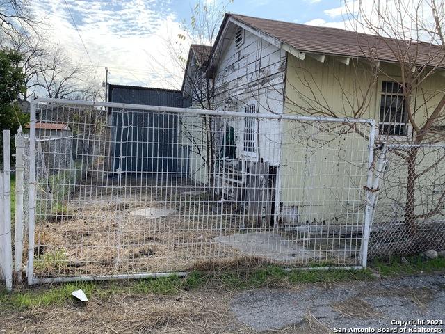 Active | 510 N COLORADO ST San Antonio, TX 78207 27