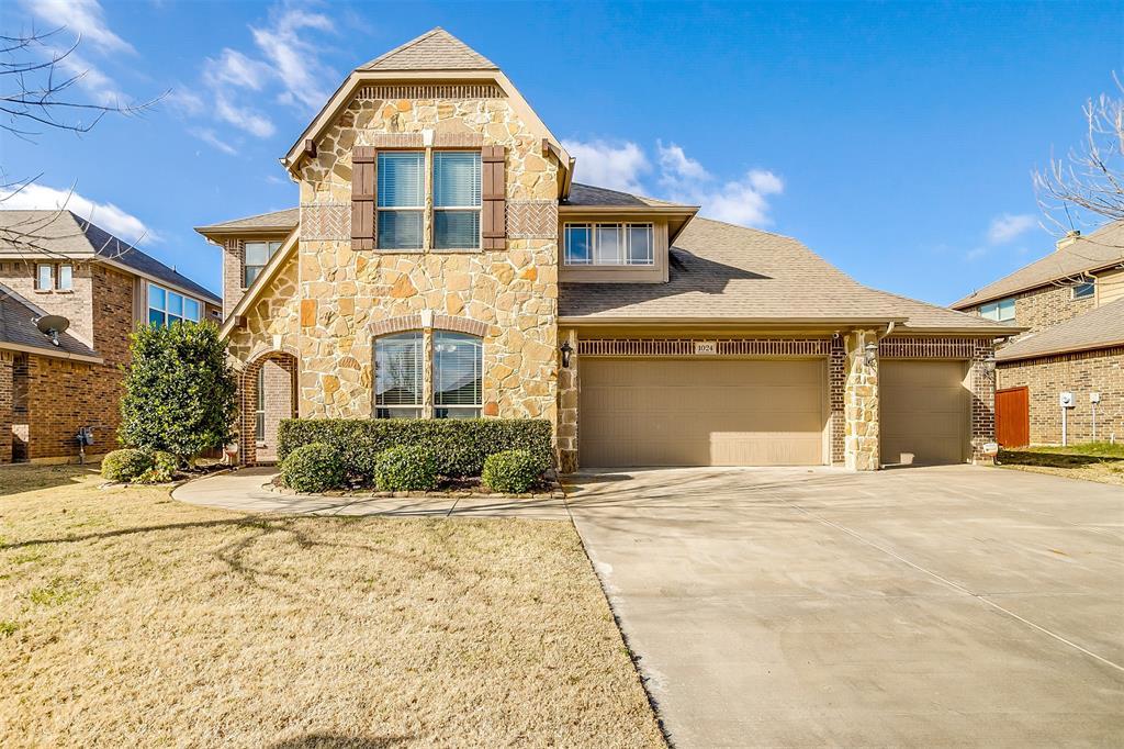 Sold Property | 1024 Tara Drive Burleson, Texas 76028 2