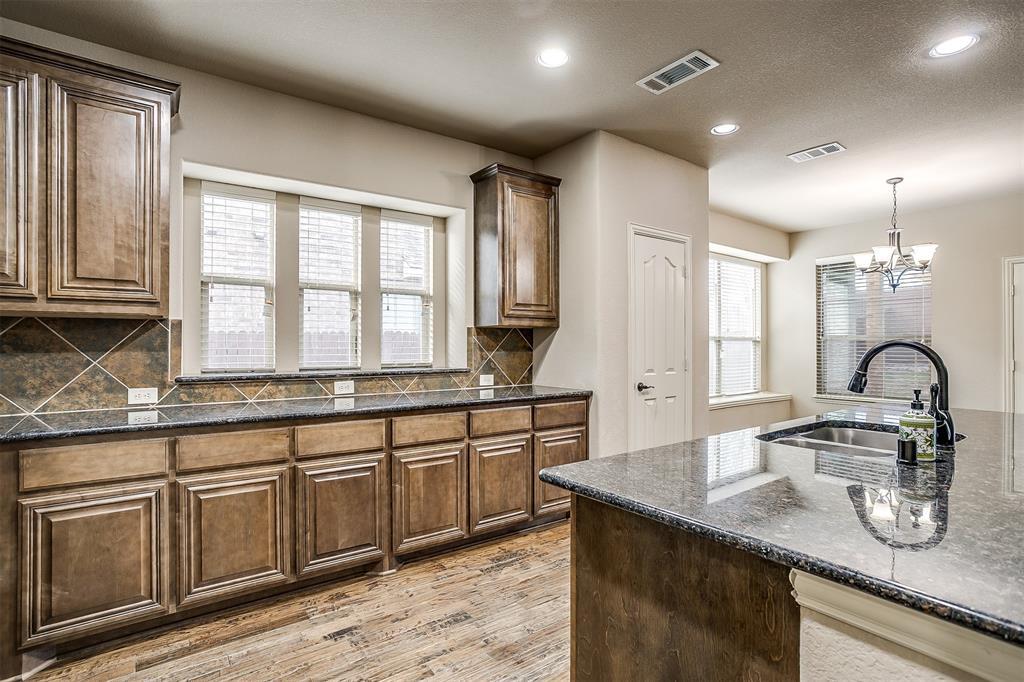 Sold Property | 1024 Tara Drive Burleson, Texas 76028 9