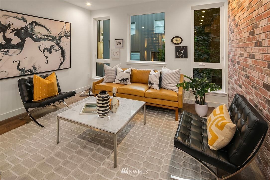 Sold Property   2361 Minor Avenue E #E Seattle, WA 98102 4