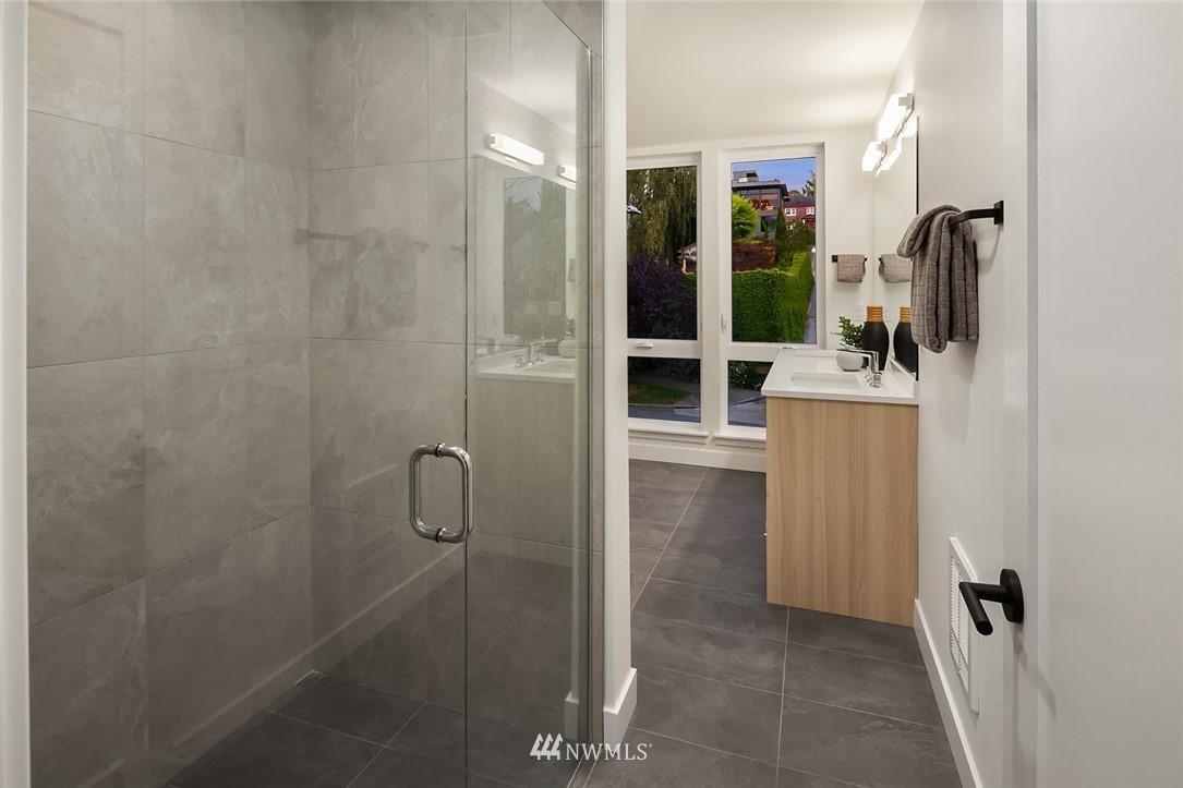 Sold Property   2361 Minor Avenue E #E Seattle, WA 98102 11