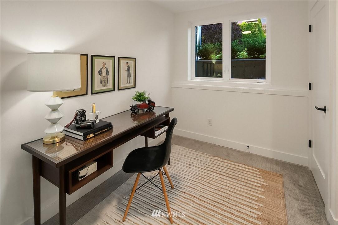 Sold Property   2361 Minor Avenue E #E Seattle, WA 98102 13