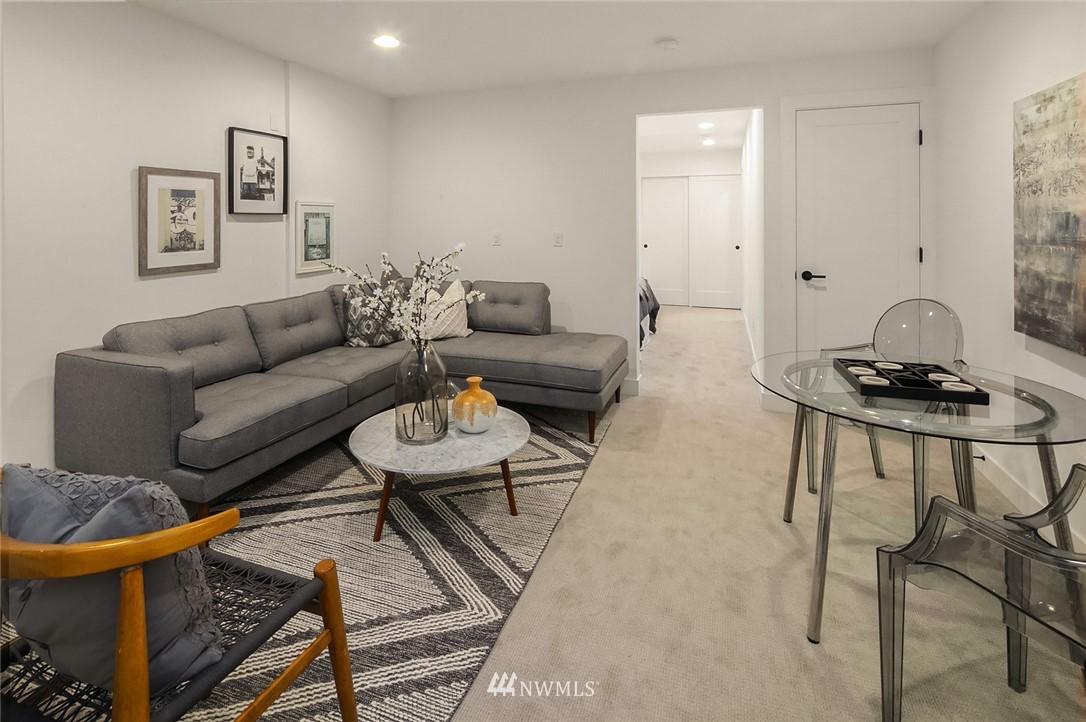 Sold Property   2361 Minor Avenue E #E Seattle, WA 98102 16