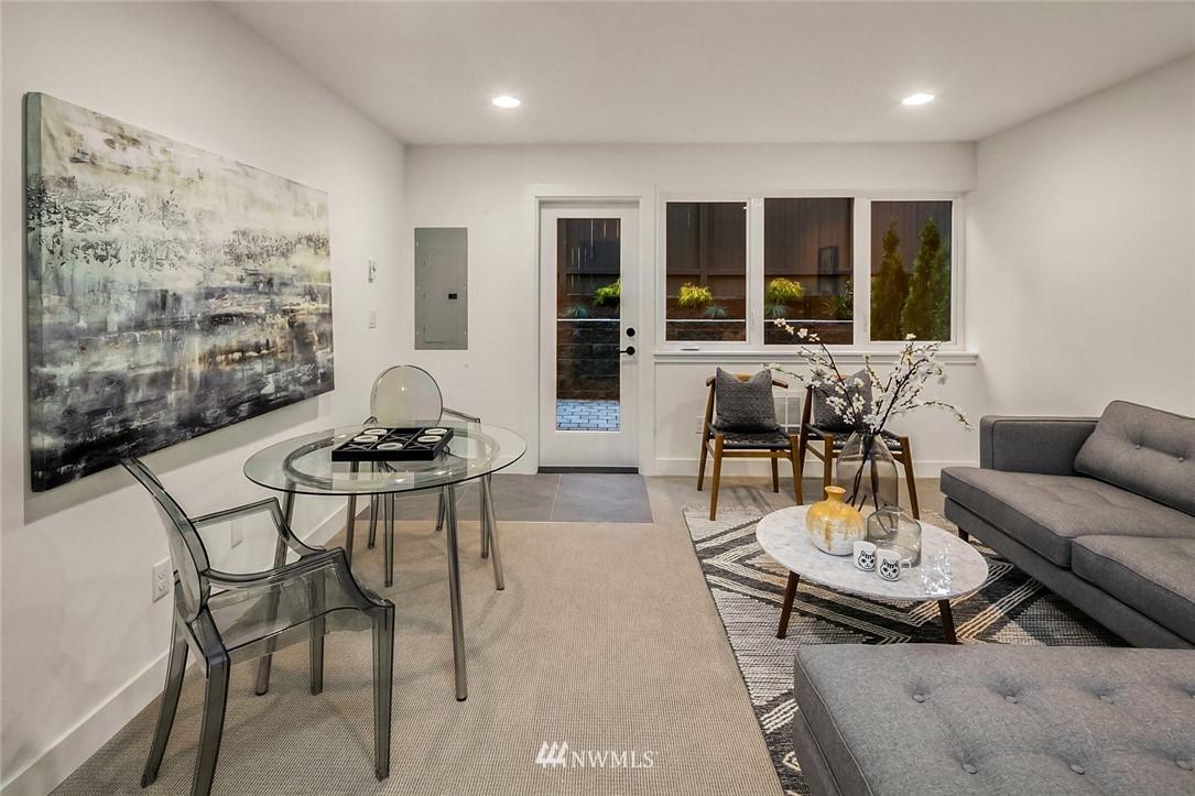 Sold Property   2361 Minor Avenue E #E Seattle, WA 98102 17