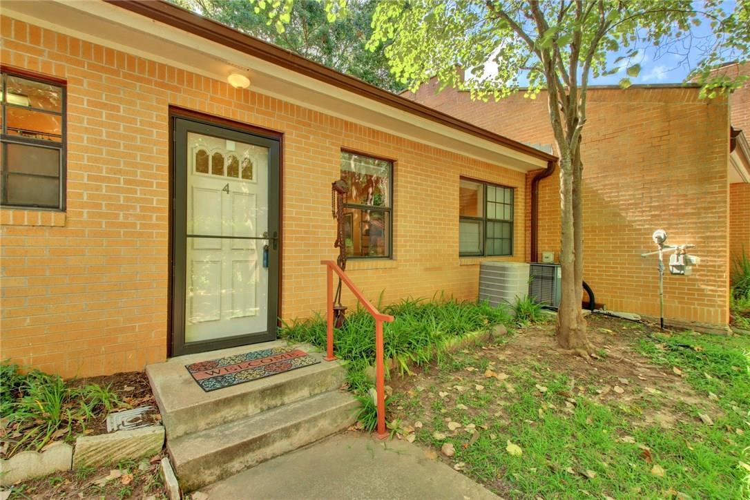 Closed   2301 Lawnmont Avenue #4 Austin, TX 78756 4