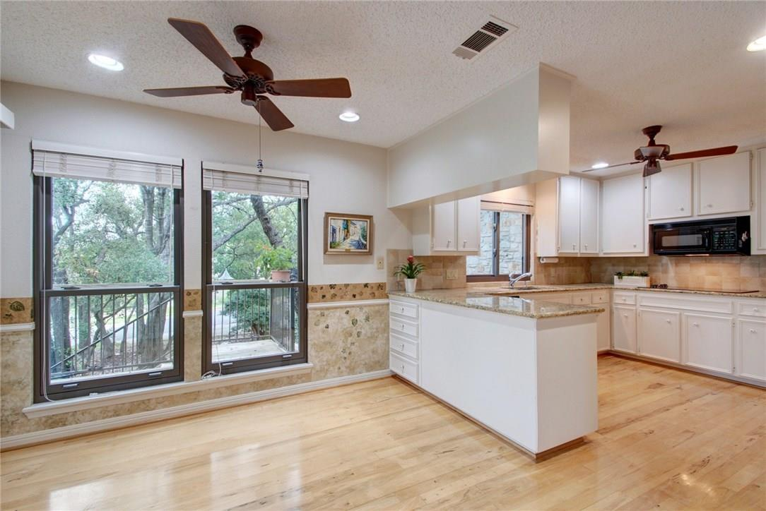 Closed | 7702 Valley Dale Drive Austin, TX 78731 13