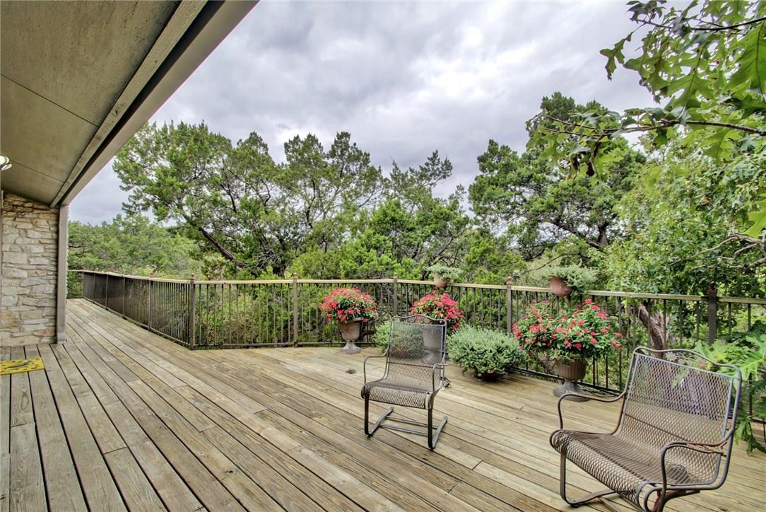 Closed | 7702 Valley Dale Drive Austin, TX 78731 32