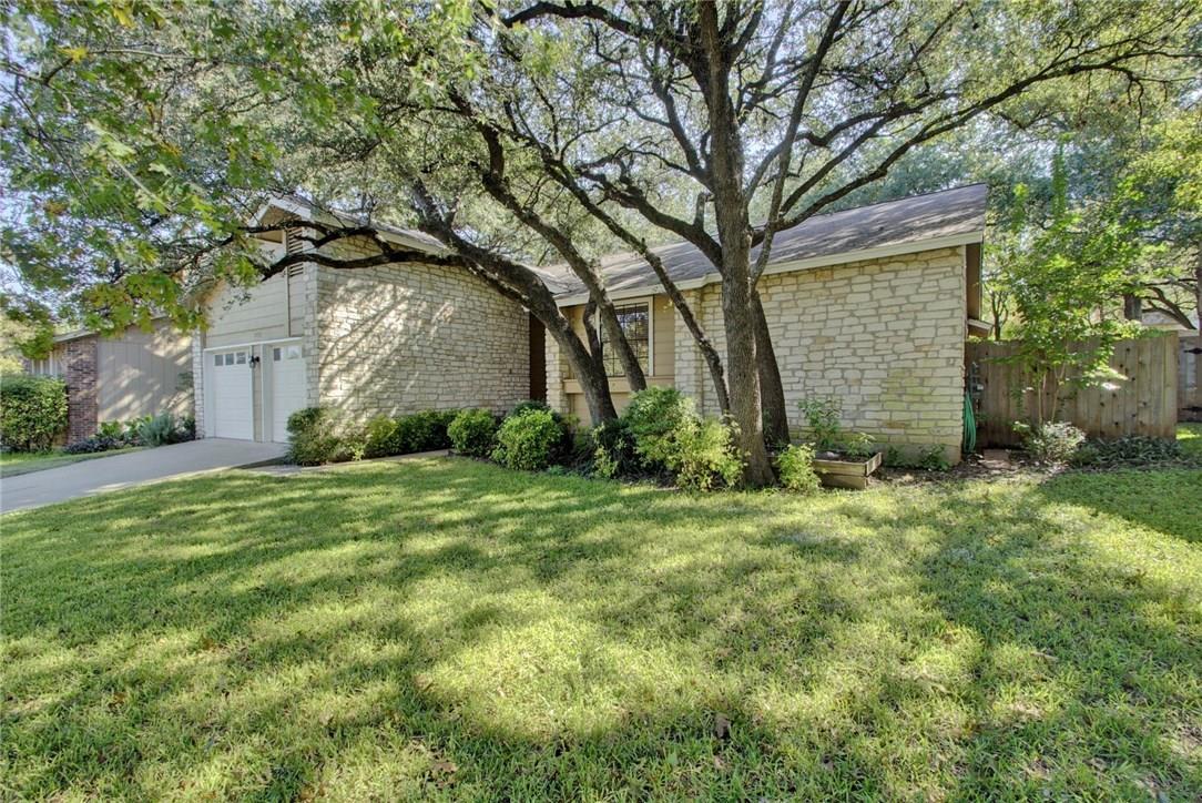 Closed | 11711 BARCHETTA Drive Austin, TX 78758 3