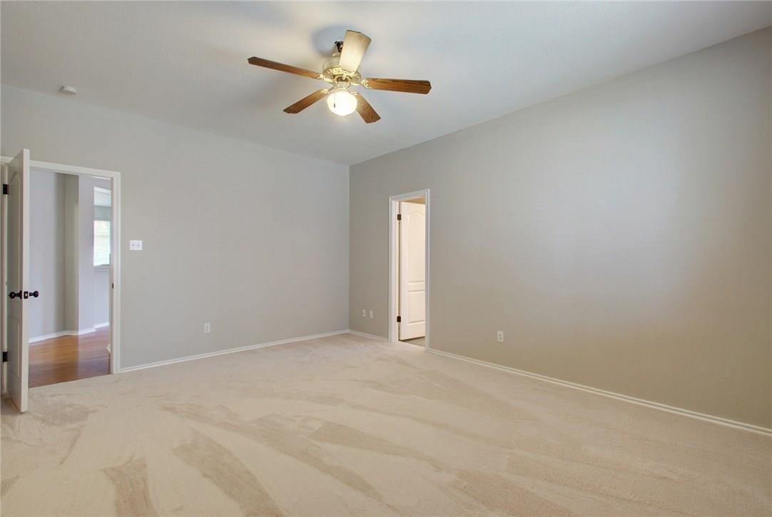 Closed   1308 JULIES Walk Pflugerville, TX 78660 16