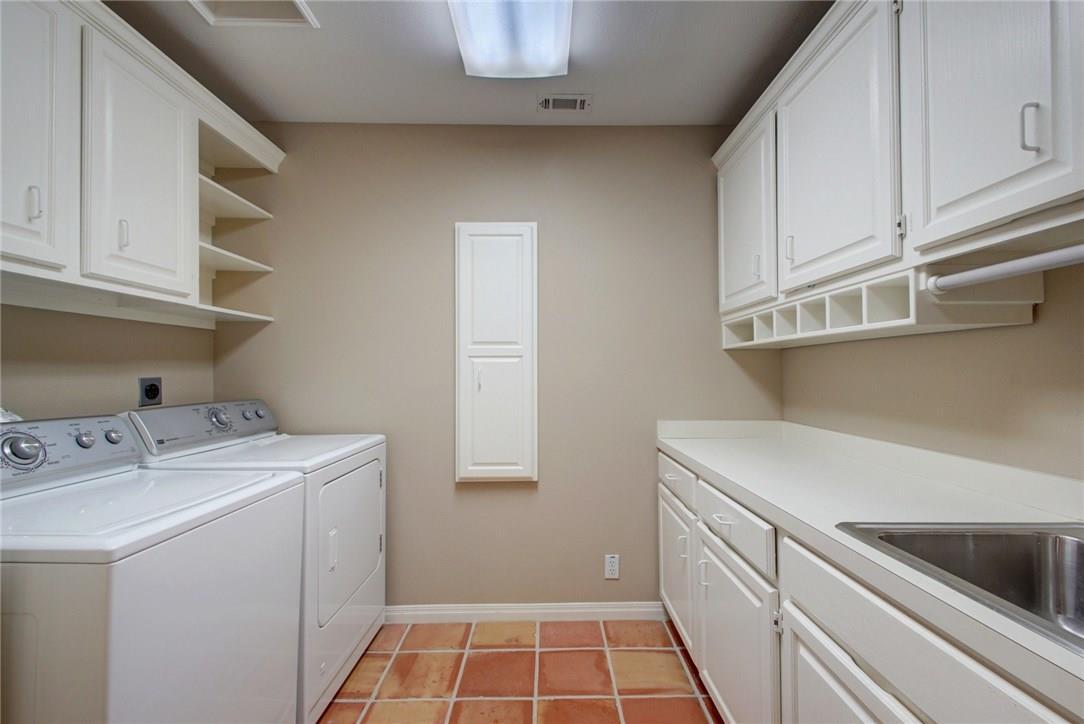Closed   10800 Sans Souci Place Austin, TX 78759 30