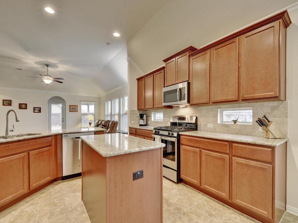 Closed | 100 Lily Turf Cove Georgetown, TX 78626 14