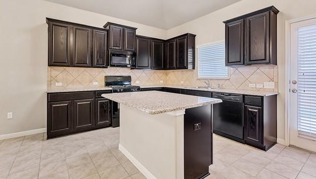 Closed   1133 Tailwater Cove Leander, TX 78641 2