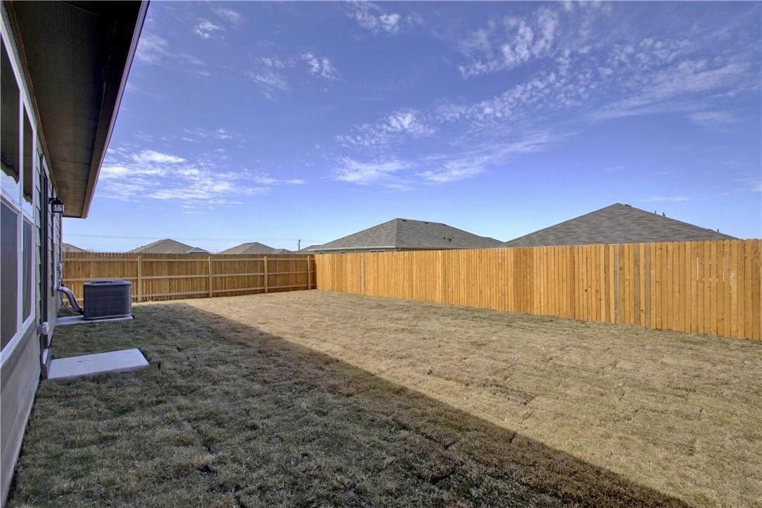Closed | 303 Cassandra Drive Hutto, TX 78634 26