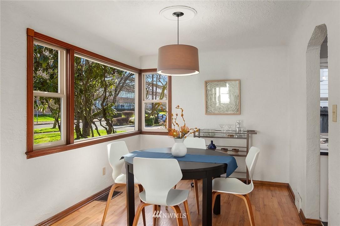 Sold Property | 8247 Wallingford Avenue N Seattle, WA 98103 5