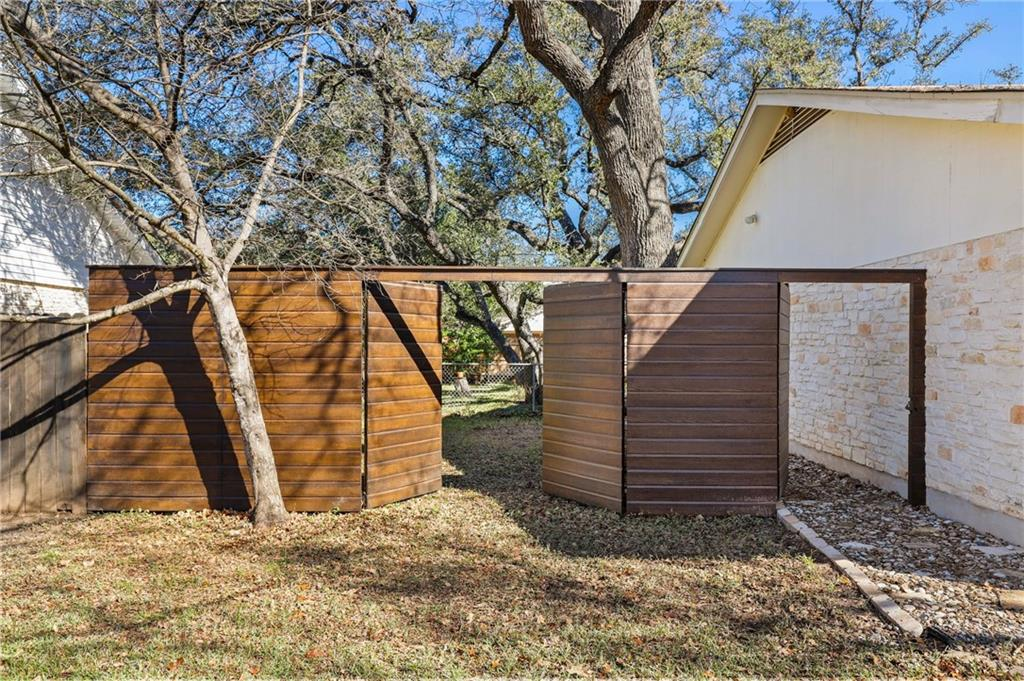 Closed | 3708 Northfield Road Austin, TX 78727 23