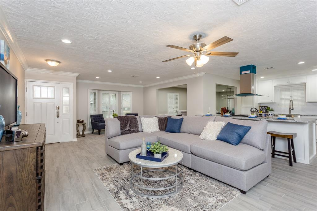 Option Pending | 2219 Tannehill Drive Houston, Texas 77008 10