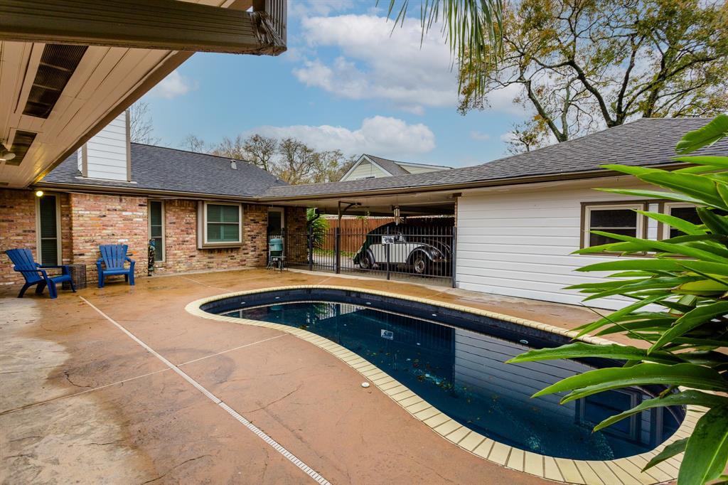 Option Pending | 2219 Tannehill Drive Houston, Texas 77008 44