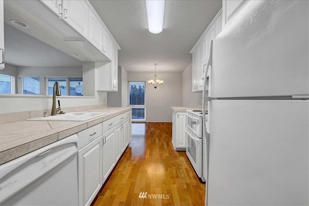 Sold Property | 13229 Linden Avenue N #510B Seattle, WA 98133 6