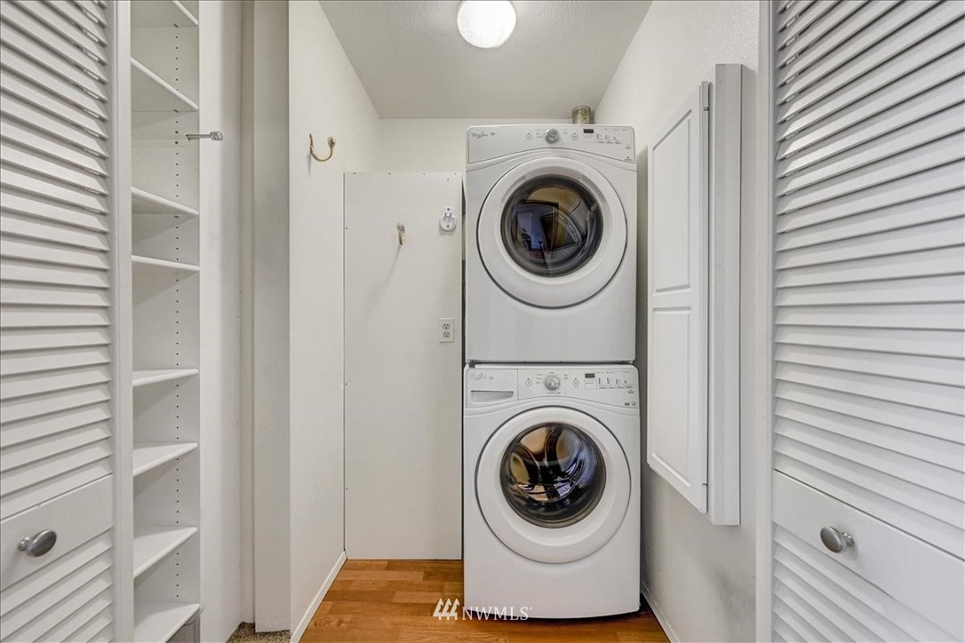 Sold Property | 13229 Linden Avenue N #510B Seattle, WA 98133 7
