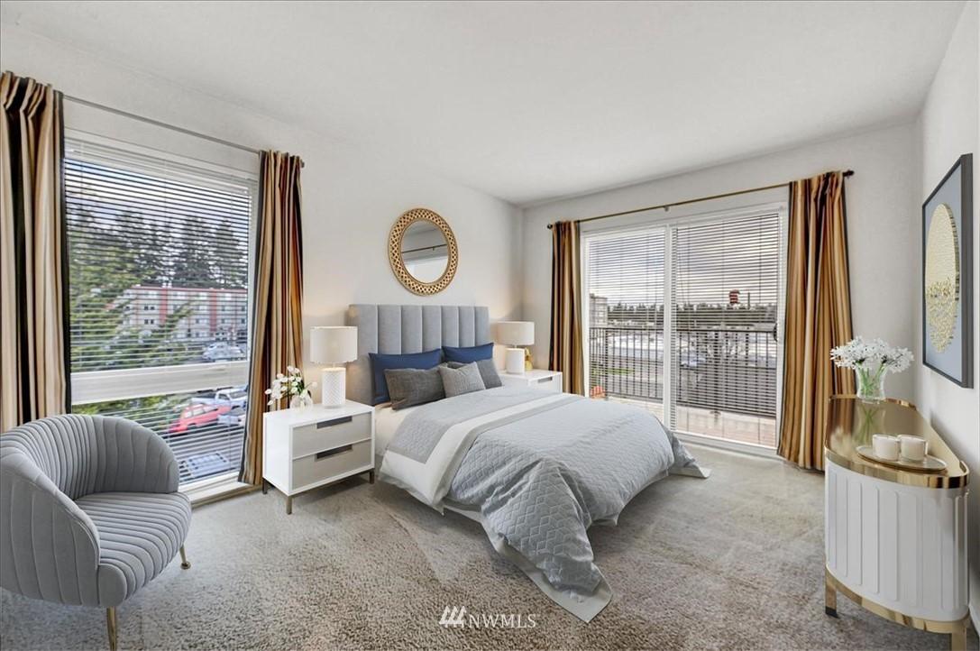 Sold Property | 13229 Linden Avenue N #510B Seattle, WA 98133 8