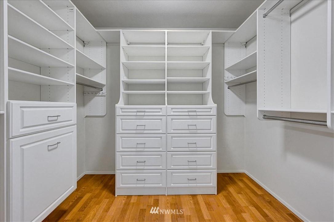 Sold Property | 13229 Linden Avenue N #510B Seattle, WA 98133 10