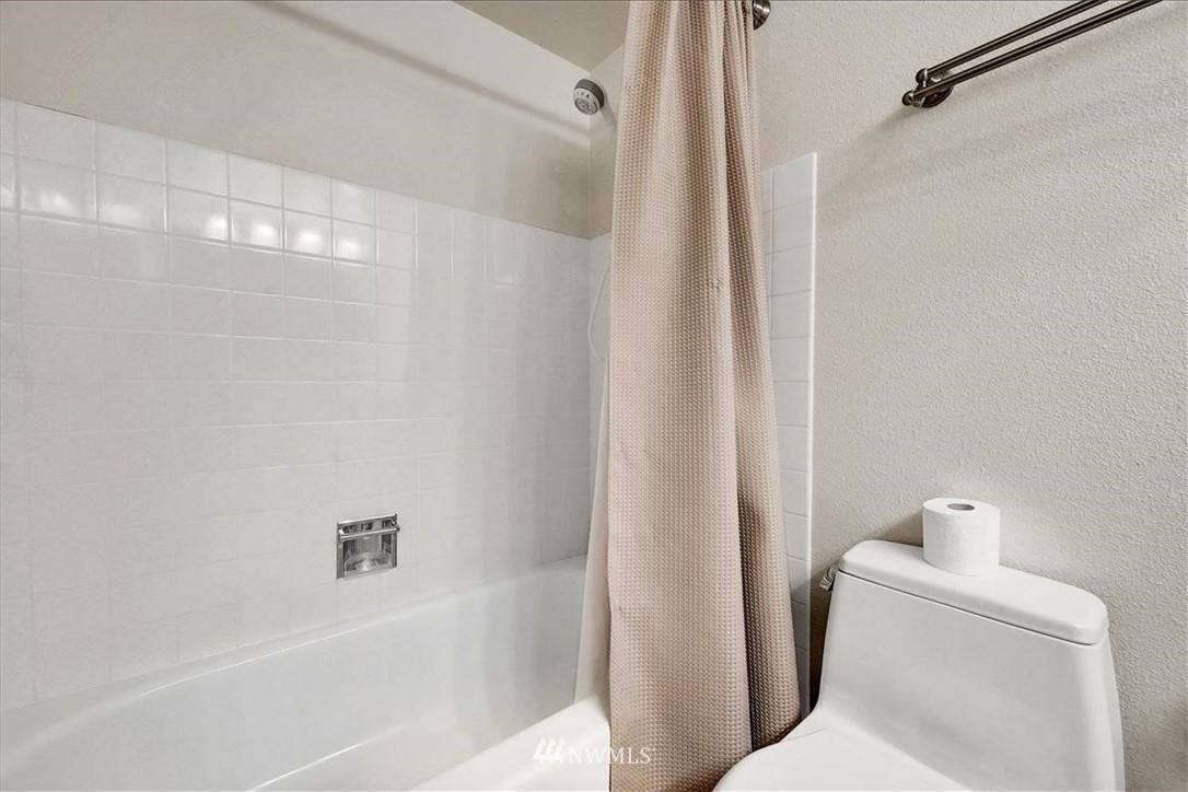 Sold Property | 13229 Linden Avenue N #510B Seattle, WA 98133 16
