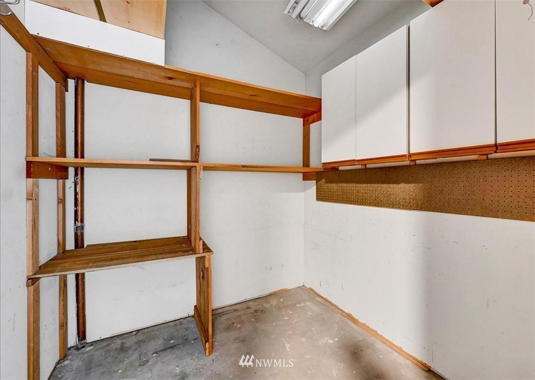Sold Property | 13229 Linden Avenue N #510B Seattle, WA 98133 25