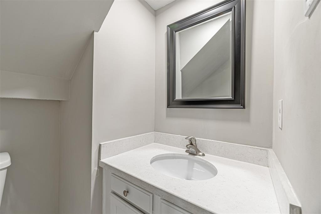 Sold Property   14214 Misty Meadow Lane Houston, Texas 77079 11