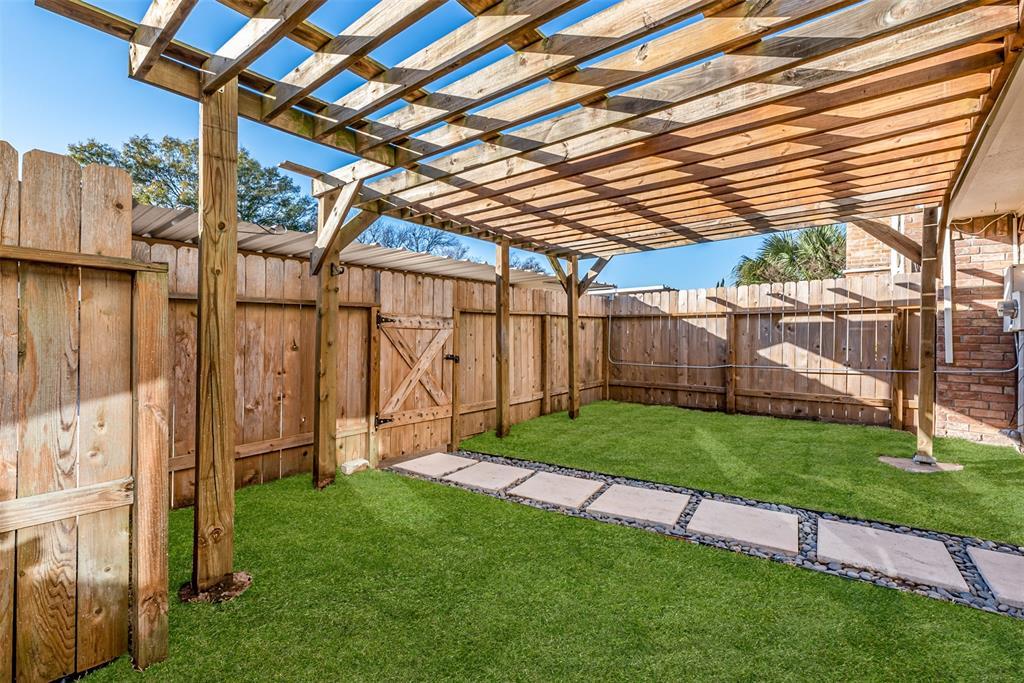 Sold Property   14214 Misty Meadow Lane Houston, Texas 77079 25