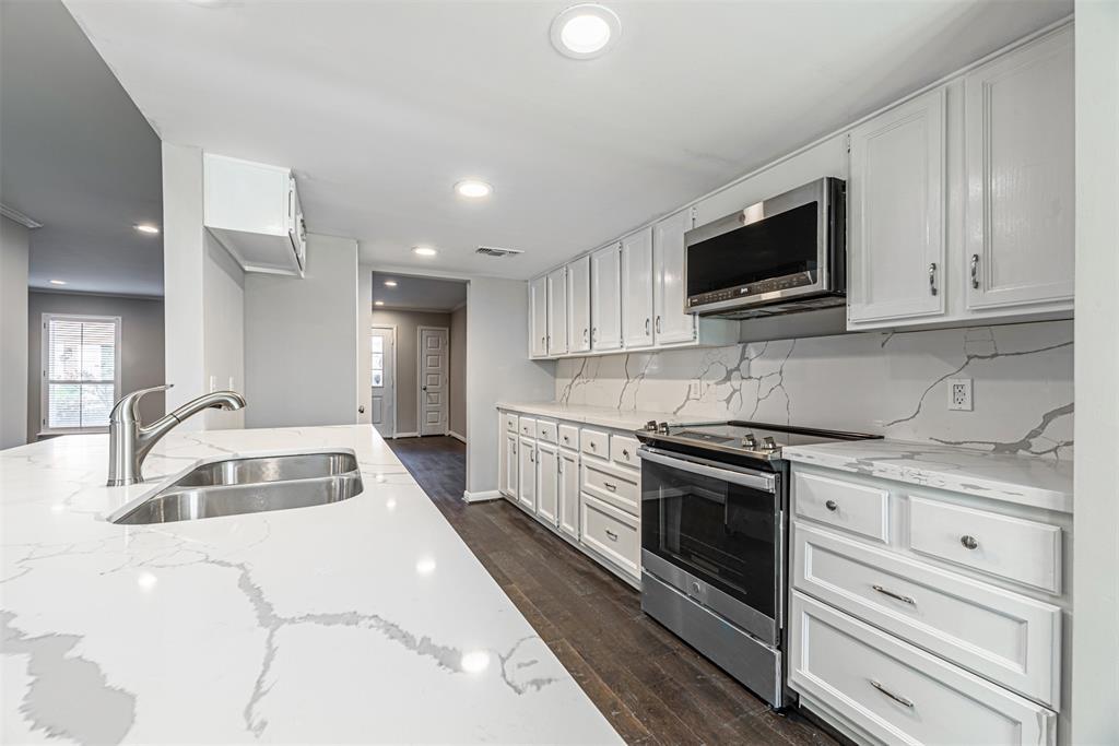 Sold Property   14214 Misty Meadow Lane Houston, Texas 77079 7