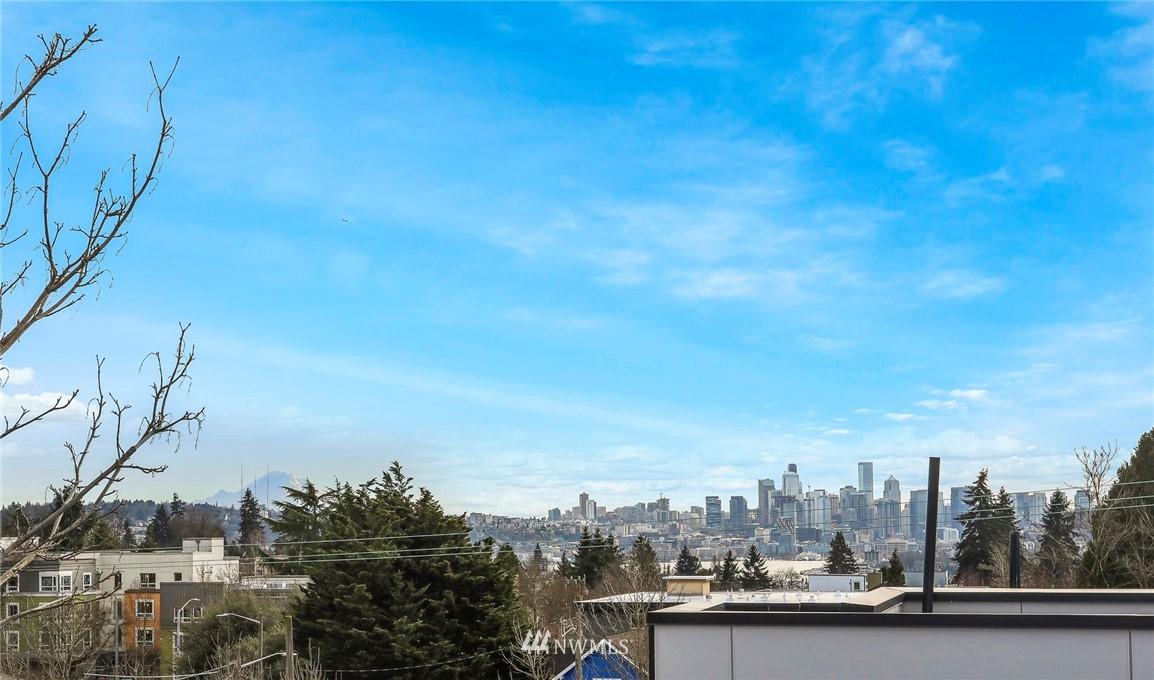 Sold Property | 4614 Woodland Park Avenue N Seattle, WA 98103 21