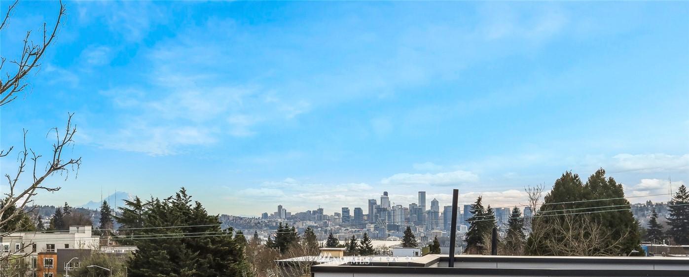 Sold Property | 4614 Woodland Park Avenue N Seattle, WA 98103 22