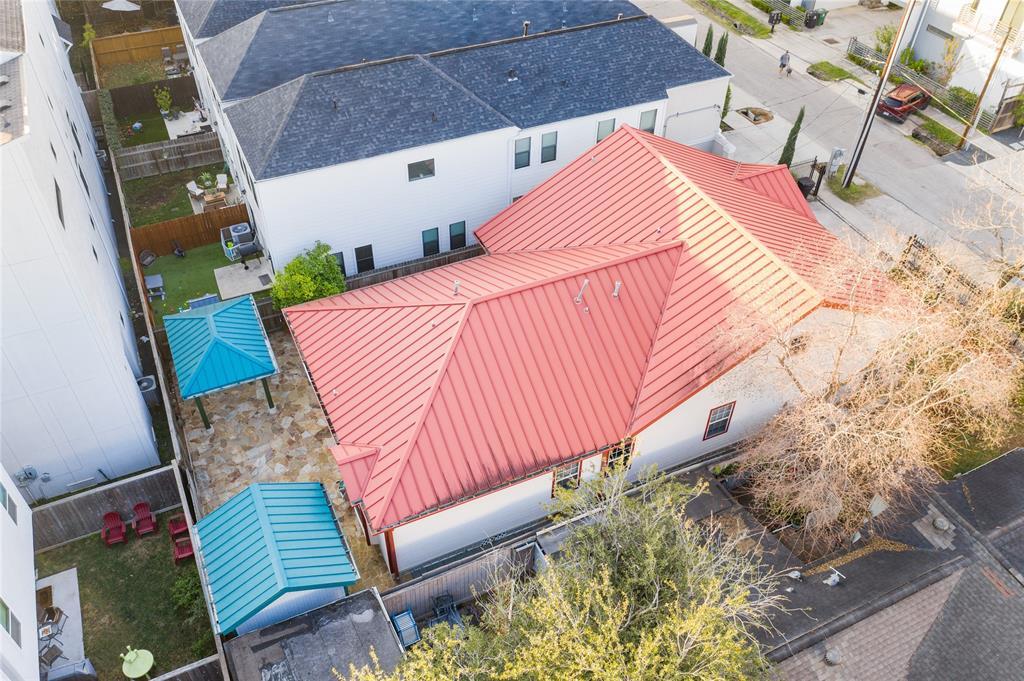 Off Market   5631 Petty Street Houston, Texas 77007 30