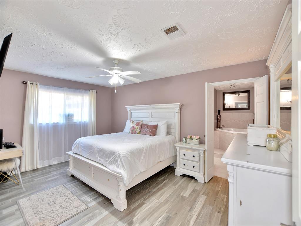 Off Market | 8114 Coastway Lane Houston, Texas 77075 16