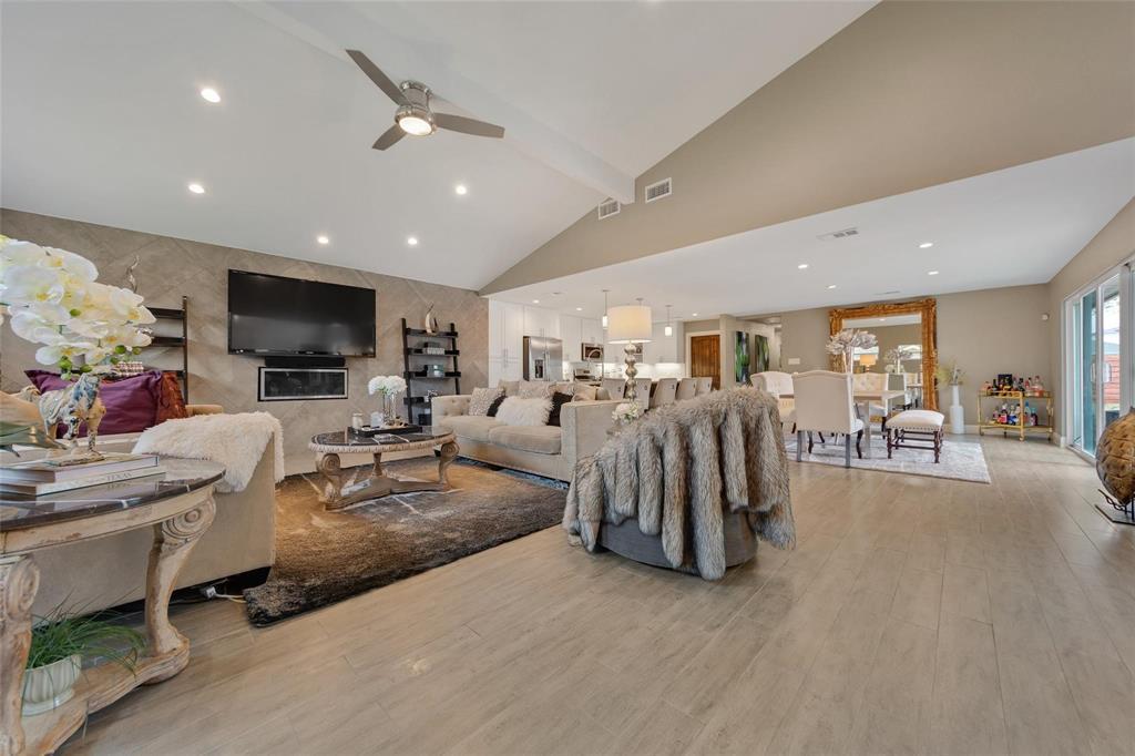 Sold Property | 9948 Lakemont Drive Dallas, Texas 75220 2