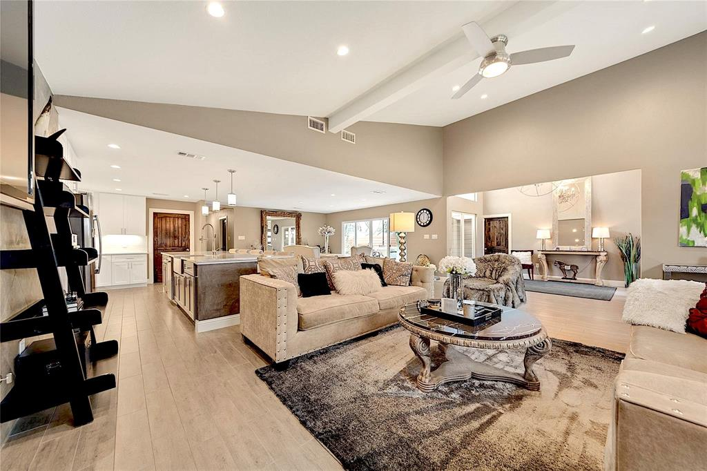 Sold Property | 9948 Lakemont Drive Dallas, Texas 75220 3