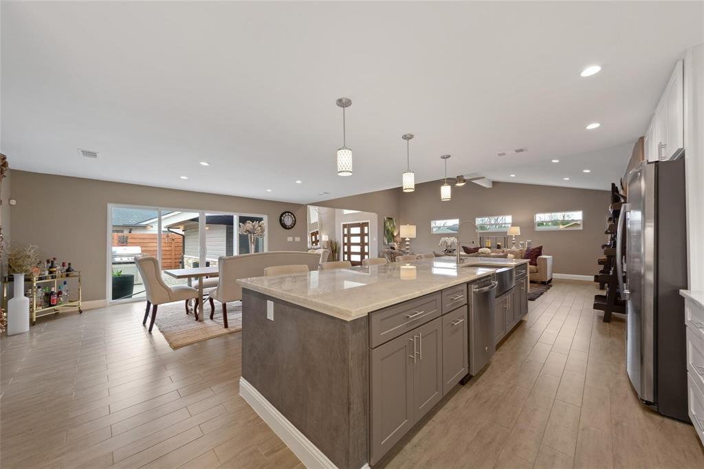 Sold Property | 9948 Lakemont Drive Dallas, Texas 75220 5