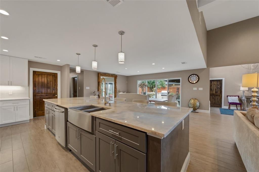 Sold Property | 9948 Lakemont Drive Dallas, Texas 75220 6