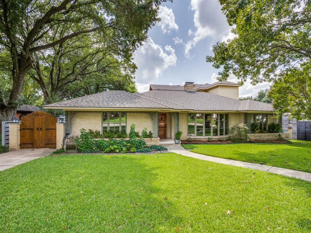 Sold Property | 6922 Cornelia Lane Dallas, Texas 75214 2