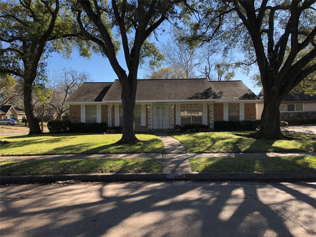 Off Market   5919 Sanford Road Houston, Texas 77096 0