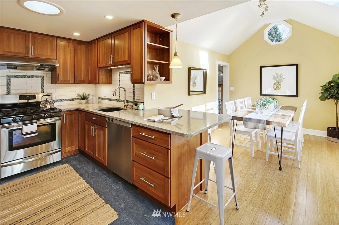 Sold Property   7342 13th Avenue NW Seattle, WA 98117 4