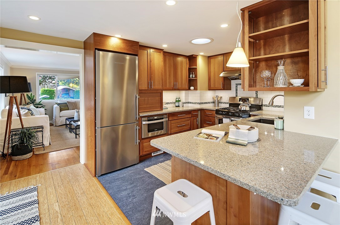 Sold Property   7342 13th Avenue NW Seattle, WA 98117 6