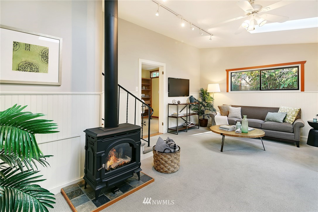Sold Property   7342 13th Avenue NW Seattle, WA 98117 16