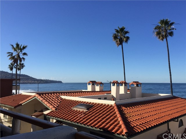 Active | 1110 Esplanade #8 Redondo Beach, CA 90277 3